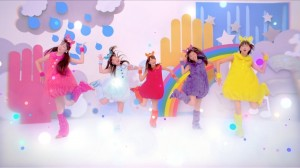 """Momoiro Clover Z """"Wee-Tee-Wee-Tee"""" song about Furby"""