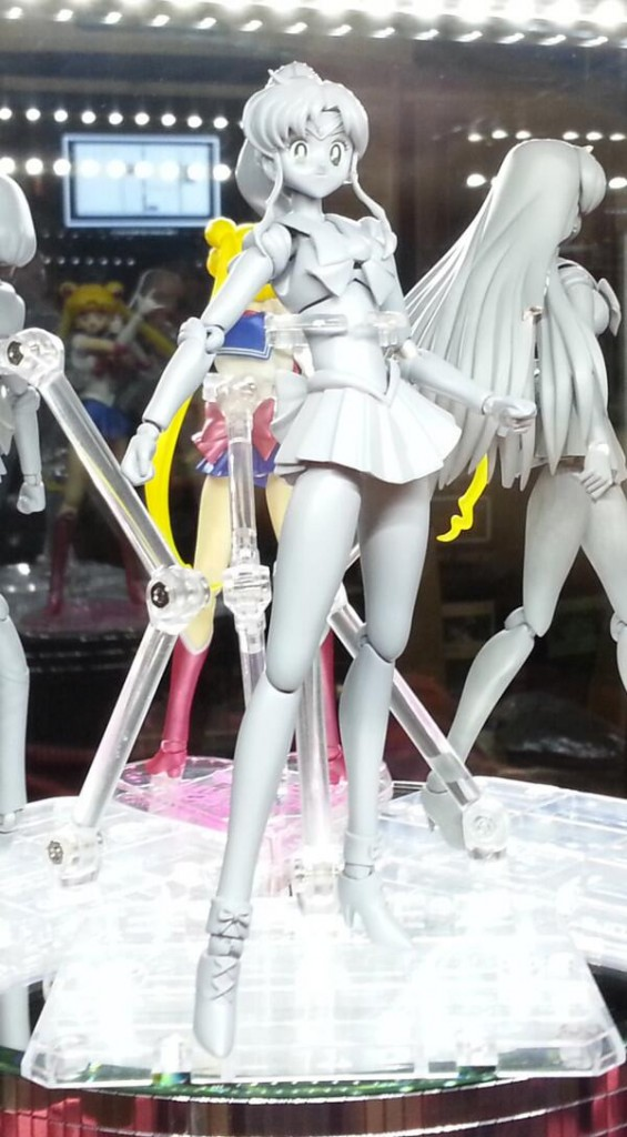 Bandai's Sailor Jupiter S. H. Figuarts figure at SDCC 2013