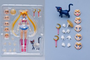 Bandai's Sailor Moon S. H. Figuarts figure - All pieces