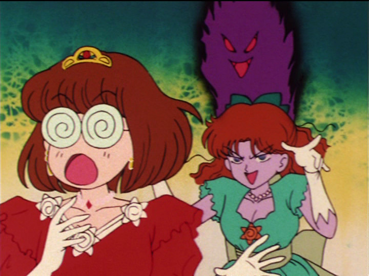 Sailor Moon episode 22 - Naru attacking Princess Diamond