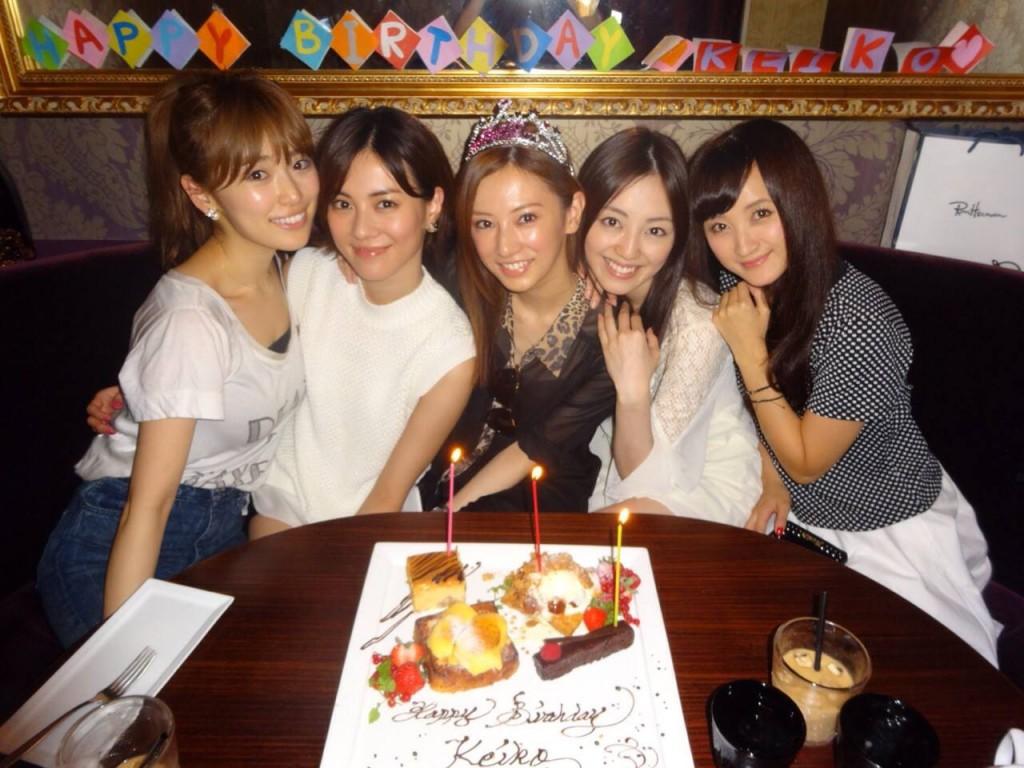 Rika Izumi, Mew Azama, Keiko Kitagawa, Miyuu Sawai and Ayaka Komatsu