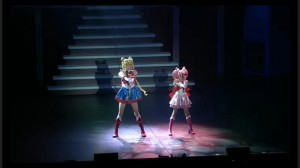 Sailor Moon Petite Étrangère musical - Sailor Moon and Sailor Chibi Moon