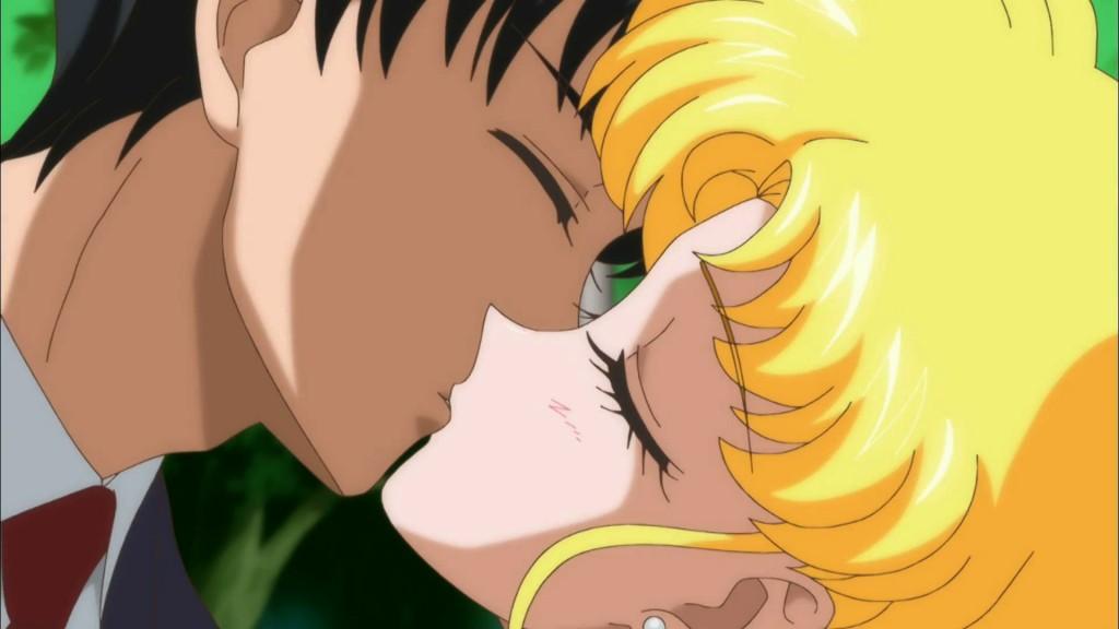Sailor Moon Crystal season 2 trailer - Mamoru and Usagi kissing
