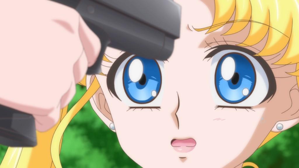 Sailor Moon Crystal Act 14 - Chibiusa points a gun at Usagi