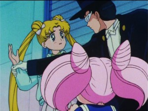 Sailor Moon R episode 73 - Tuxedo Mask stops Usagi from slapping Chibiusa