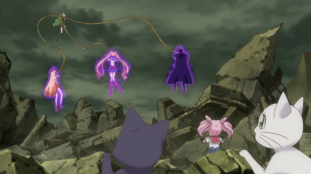 Sailor Moon Crystal Act 20 - Esmeraude grabs Sailor Venus, Sailor Moon and Tuxedo Mask with her 3 arms