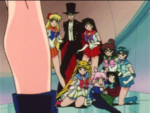 Sailor Moon S episode 119 - The Sailor Guardians protect Hotaru