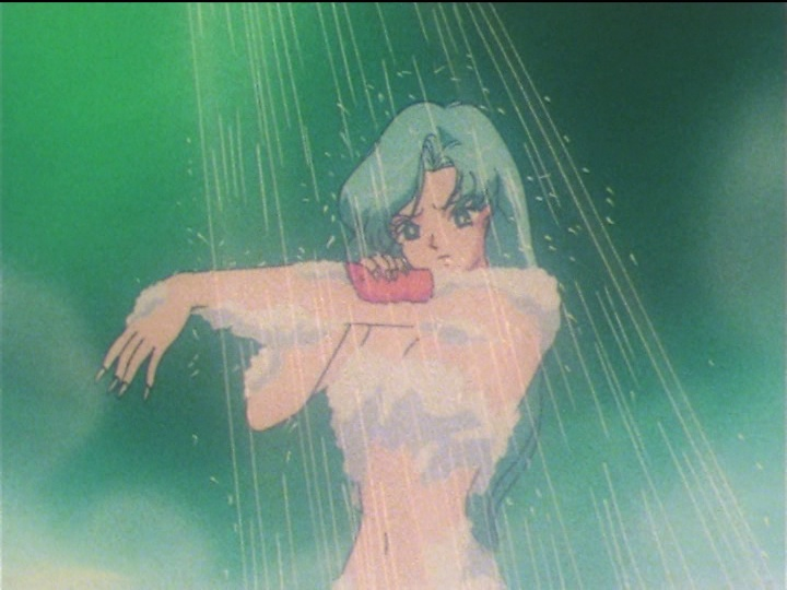 Sailor Moon SuperS episode 137 - Fish Eye showering