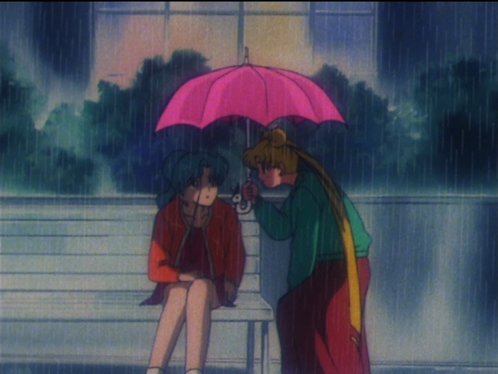 Sailor Moon SuperS episode 148 - Usagi offers Fish Eye an umbrella
