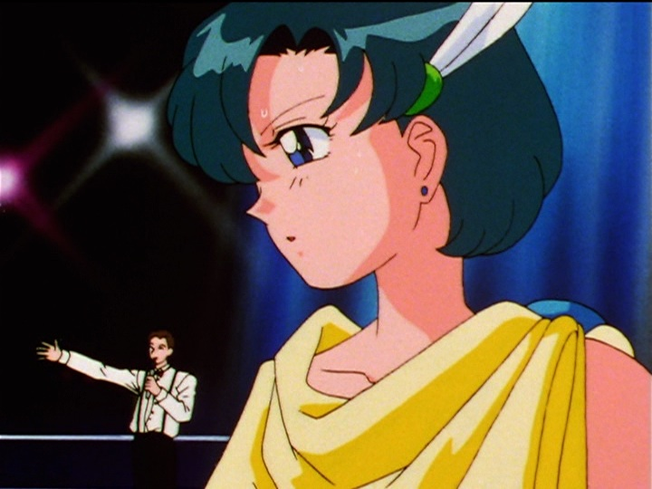 Sailor Moon Sailor Stars episode 191 - Ami dressed as Palutena