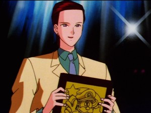 Sailor Moon Sailor Stars episode 191 - Taiki holds a Mario looking thing