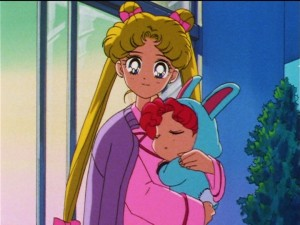 Sailor Moon Sailor Stars episode 193 - Usagi holding Chibi Chibi