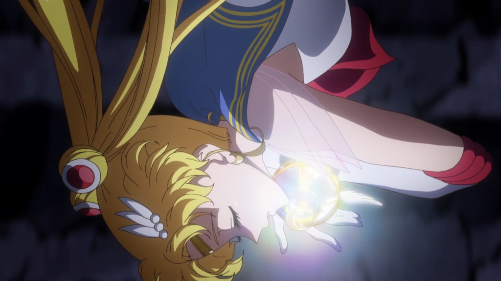 Sailor Moon Crystal Act 37 - Super Sailor Moon dives