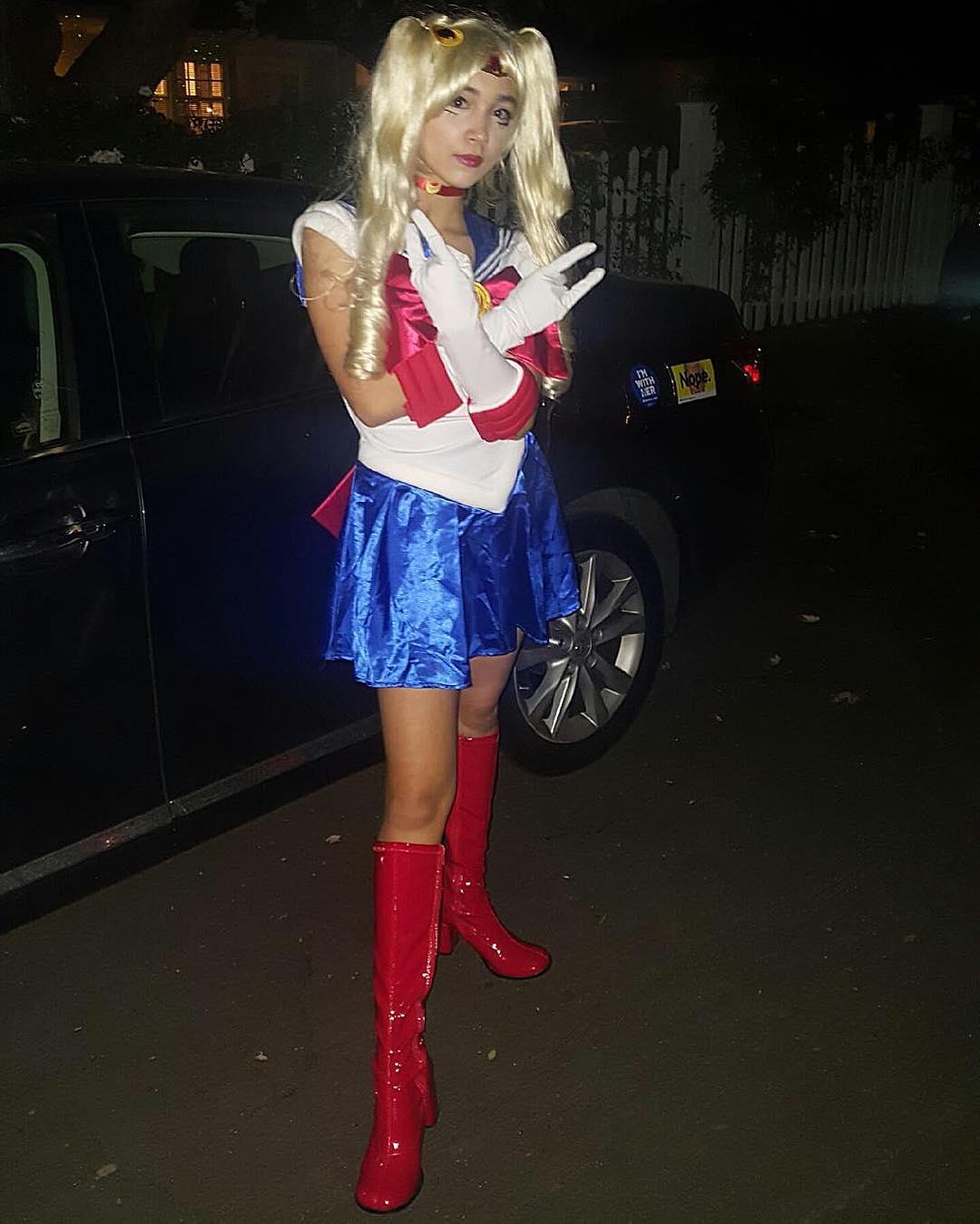 rowan blanchard dressed as sailor moon for halloween