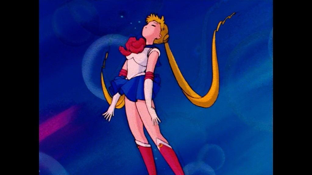 Sailor Moon Episode 1 - Viz Blu-Ray - Sailor Moon transforms