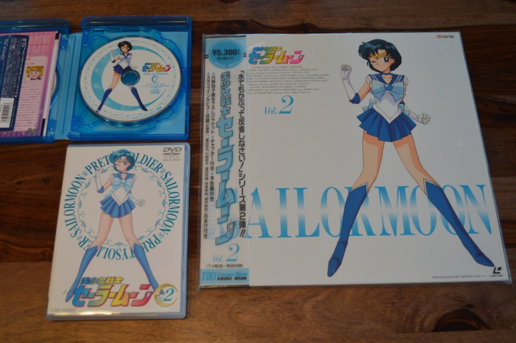 Sailor Moon Japanese Blu-Ray Vol. 1 - Comparison between Laserdisc, Japanese DVD and Blu-Ray