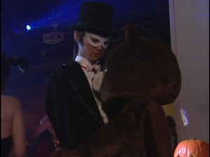 Live Action Pretty Guardian Sailor Moon Act 4 - Tuxedo Mask and Usagi the bear