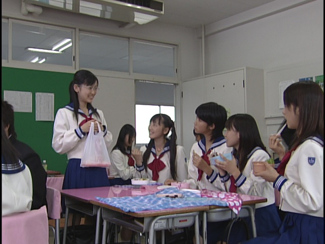 Live Action Pretty Guardian Sailor Moon Act 5 - Ami joins Usagi and her friends for lunch