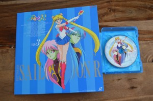Sailor Moon R Japanese Blu-Ray vol. 1 - Disc 2 art comparison