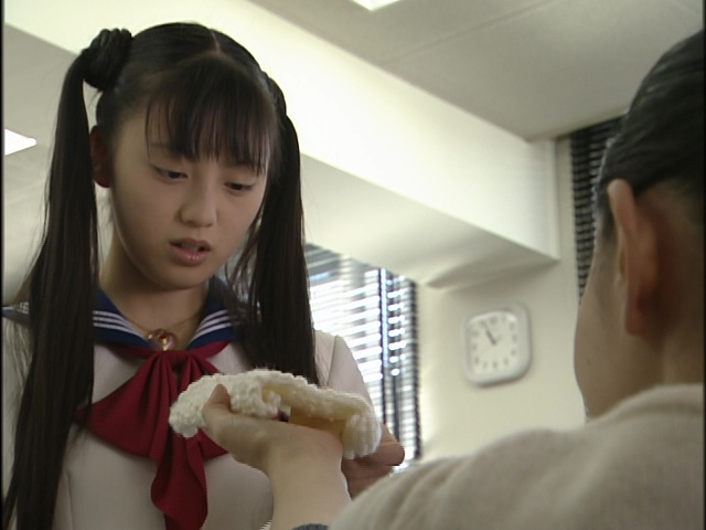 Live Action Pretty Guardian Sailor Moon Act 18 - Usagi's teacher calls her scarf a handkerchief