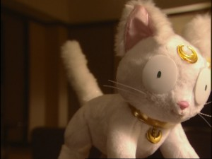 Live Action Pretty Guardian Sailor Moon Act 19 - Artemis surprised