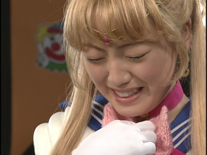 Live Action Pretty Guardian Sailor Moon Act 22 - Sailor Moon happy to see her mittens mended
