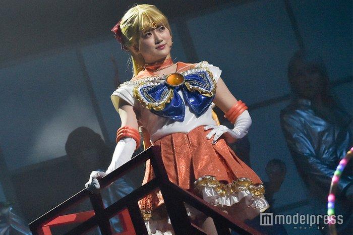 Nogizaka46 x Sailor Moon Musical - Sailor Venus