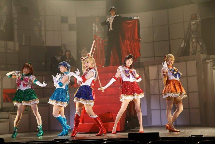 Nogizaka46 x Sailor Moon Musical - The Sailor Team and Tuxedo Mask
