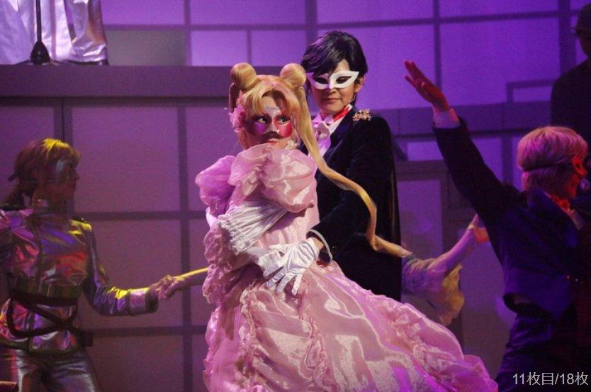 Nogizaka46 x Sailor Moon Musical - Usagi and Tuxedo Mask