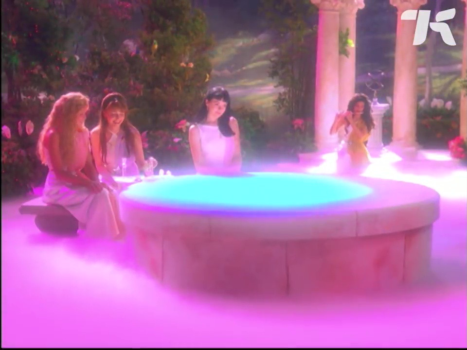 Team Angel - Around a fountain