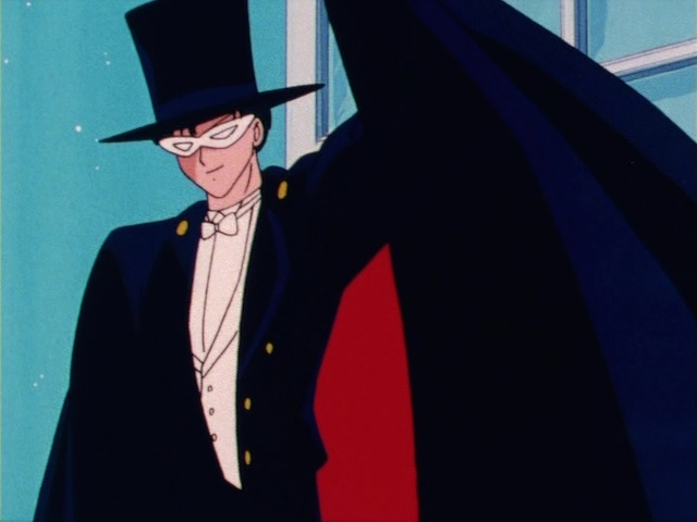 Sailor Moon episode 1 - Tuxedo Mask leaves