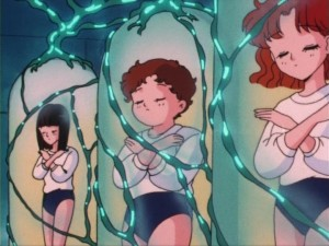 Sailor Moon episode 4 - Energy draining pods at Shapely