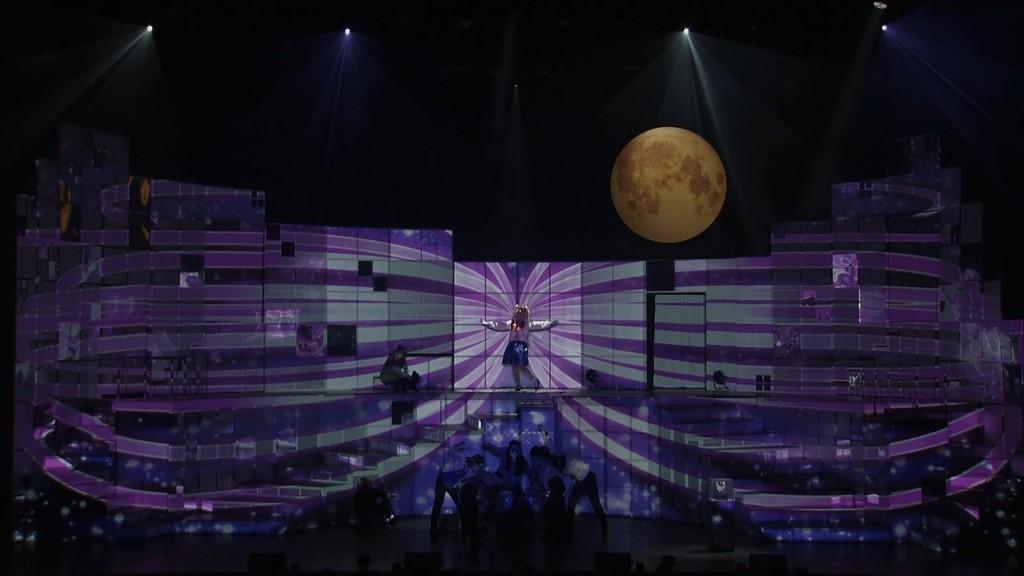Nogizaka46 x Sailor Moon musical Blu-Ray - Team Moon - Sailor Moon transforms