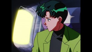 Sailor Moon Sailor Stars Viz Blu-Ray - Mamoru sees something on the wing